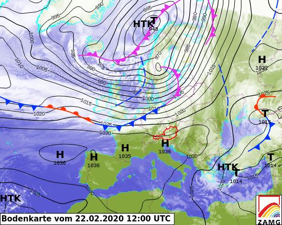 Bodenwetterkarte vom 22.Februar um 12 UTC. Ein Tief über der nordnorwegischen Küste bringt starken Wind. In schwarz: Isobaren, Linien gleichen Luftdrucks.