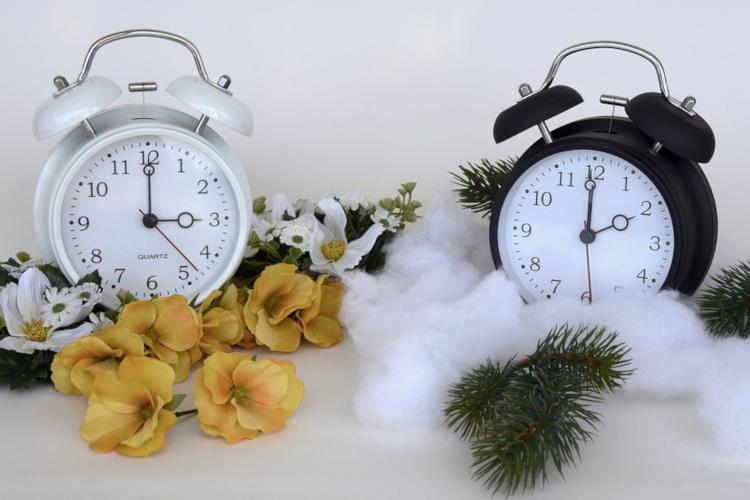 In der Nacht von Samstag auf Sonntag stellen wir die Uhren vom Sommermodus auf den Winter ein.