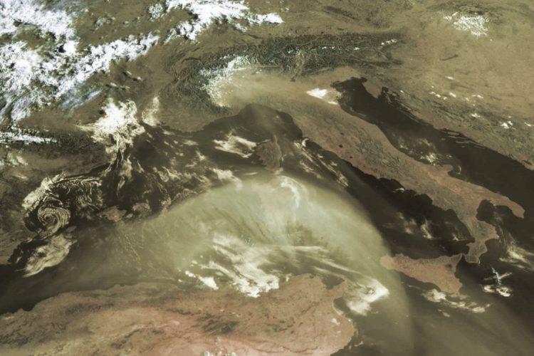 Saharasand zieht nach Europa